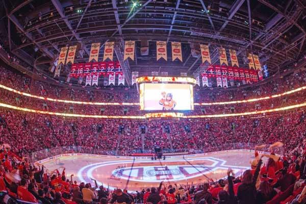Digital Signage in Bell Center Arena & Stadium